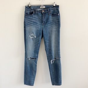 Madewell High-Riser Skinny Jeans Torn Knee Edition
